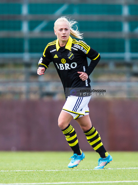 Solna 2014-04-13 Fotboll Damallsvenskan AIK - FC Roseng&aring;rd :  <br /> AIK:s Sarah Storck <br /> (Foto: Kenta J&ouml;nsson) Nyckelord:  AIK Gnaget FC Roseng&aring;rd Malm&ouml; portr&auml;tt portrait