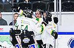 S&ouml;dert&auml;lje 2014-09-22 Ishockey Hockeyallsvenskan S&ouml;dert&auml;lje SK - IF Bj&ouml;rkl&ouml;ven :  <br /> Bj&ouml;rkl&ouml;vens Jon Palmebj&ouml;rk har gjort 0-1 och jublar med lagkamrater <br /> (Foto: Kenta J&ouml;nsson) Nyckelord: Axa Sports Center Hockey Ishockey S&ouml;dert&auml;lje SK SSK Bj&ouml;rkl&ouml;ven L&ouml;ven IFB jubel gl&auml;dje lycka glad happy
