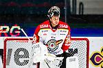 Stockholm 2014-01-08 Ishockey SHL AIK - Lule&aring; HF :  <br />  Lule&aring;s m&aring;lvakt Mark Owuya <br /> (Foto: Kenta J&ouml;nsson) Nyckelord:  portr&auml;tt portrait