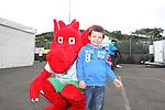 Fresh Start Wales.Welsh Big Bite.03.08.12.©Steve Pope