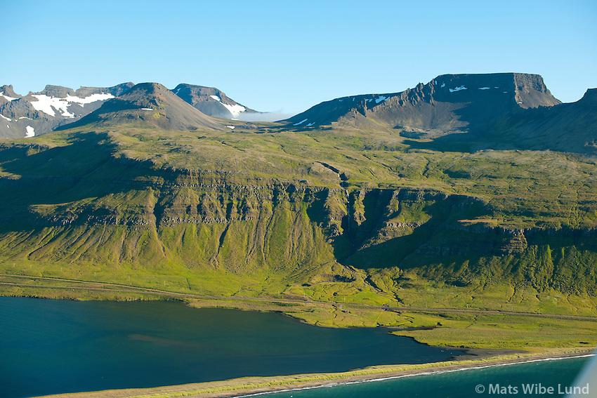 Látravík-Innri séð til suðurs, Grundarfjörður áður Eyrarsveit /  Latravik-Innri viewing south, Grundarfjordur former Eyrarsveit.