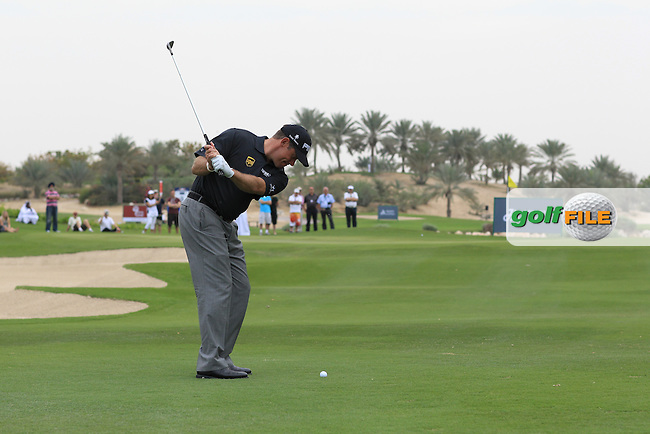 Lee Westwood (ENG) in action during the Omega Dubai Desert Classic Golf Challenge at the Jebel Ali Golf Resort, Dubai, 29th January 2013..Photo Eoin Clarke/www.golffile.ie
