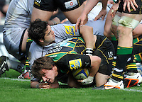 Rugby Union - Aviva Premiership - Northampton Saints vs. Leicester Tigers. Lee Dickson (capt) of Northampton Saints scores a try during the Northanpton Saints vs Leicester Tigers Aviva Premiership at Franklin's Gardens, Northampton,