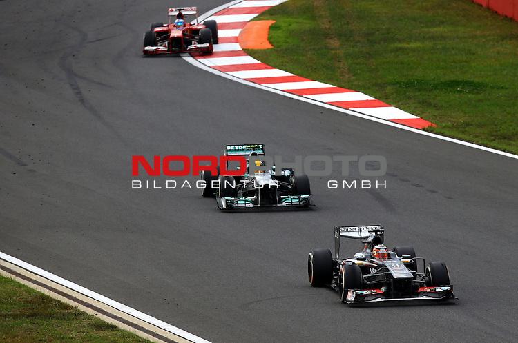 03.06.10.2013, Korea-International-Circuit, Yeongam, KOR, F1, Gro&szlig;er Preis von S&uuml;dkorea, Yeongam, im Bild Nico Huelkenberg (GER), Sauber F1 Team - Lewis Hamilton (GBR), Mercedes GP - Fernando Alonso (ESP),  Scuderia Ferrari <br /> for Austria &amp; Germany Media usage only!<br />  Foto &copy; nph / Mathis