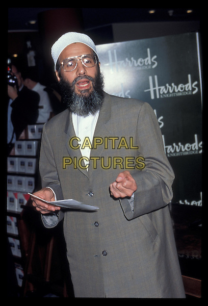 YUSEF ISLAM - CAT STEVENS.Ref: 1477.beard, half length, half-length.*RAW SCAN- photo will be adjusted for publication*.www.capitalpictures.com.sales@capitalpictures.com.©Capital Pictures