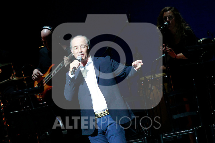 Spanish singer Jose Manuel Soto in concert. July 2, 2017. (ALTERPHOTOS/Acero)