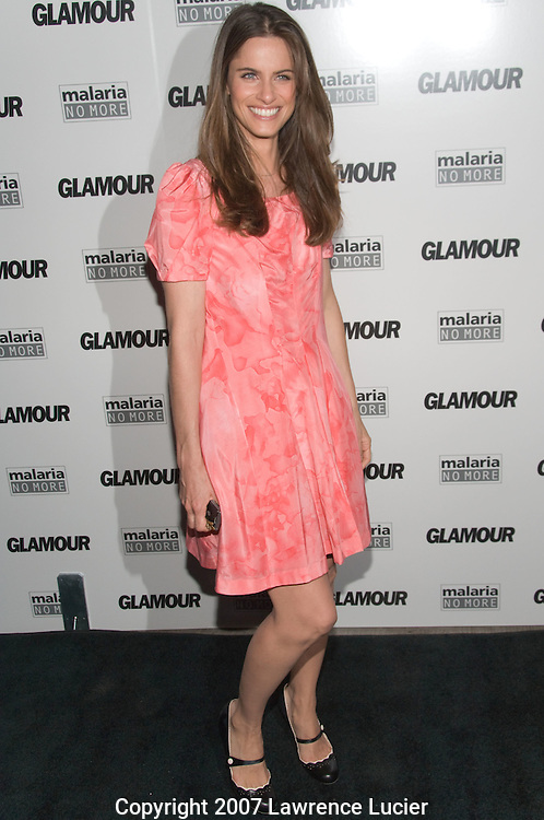 "NEW YORK - SEPTEMBER 04:  Actress Amanda Peet arrives at Glamour Magazine's ""Fashion Gives Back"" party September 4, 2007, at 421 Broome St in New York City.  (Photo by Lawrence Lucier)"