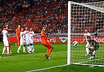 Nederland, Amsterdam, 7 september  2012.Seizoen 2012/2013.Nederland-Turkije.Robin van Persie scoort de 1-0