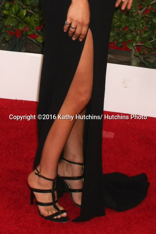 LOS ANGELES - JAN 30:  Kaley Cuoco at the 22nd Screen Actors Guild Awards at the Shrine Auditorium on January 30, 2016 in Los Angeles, CA