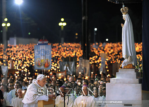 General view of Fatima Sanctuary during the traditional 13th May annual mass at Fatima's Sanctuary, Portugal, 13 May 2010. Pope Benedict XVI is on a four days official visit to Portugal to attend the annual celebrations of the Our Lady 13 May 1917 apparition to the three little shepherds and the 10th year of their beatification.