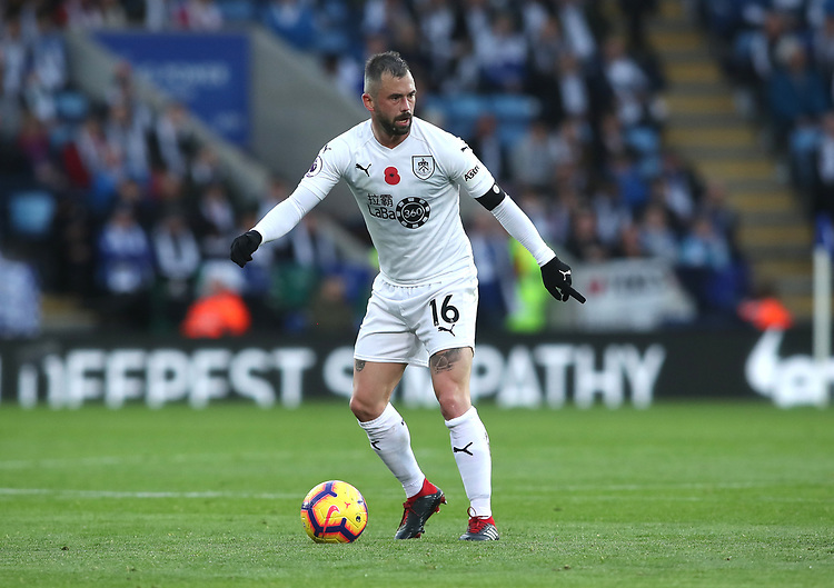 Burnley's Steven Defour<br /> <br /> Photographer Rachel Holborn/CameraSport<br /> <br /> The Premier League - Saturday 10th November 2018 - Leicester City v Burnley - King Power Stadium - Leicester<br /> <br /> World Copyright © 2018 CameraSport. All rights reserved. 43 Linden Ave. Countesthorpe. Leicester. England. LE8 5PG - Tel: +44 (0) 116 277 4147 - admin@camerasport.com - www.camerasport.com