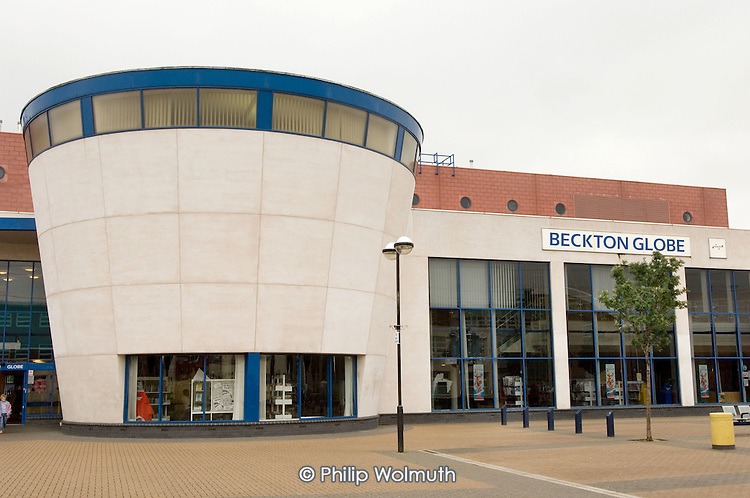 The Beckton Globe centre, Newham, provides a range of services, including advice, library, creche, adult education.