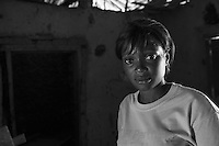 Sopravvissuti all'Ebola in Sierra Leone nella foto Adamsay Kamara ha sofferto d'Ebola per un mese e ha perso il padre, due fratelli, uno zio e tre cugini bambini people Lunsar 15/03/2016 foto Matteo Biatta<br /> <br /> Ebola survivors in Sierra Leone in the picture Adamsay Kamara had suffered of Ebola for one month lost her father two brothers one uncle and three children who was cousins people Lunsar 15/03/2016 photo by Matteo Biatta