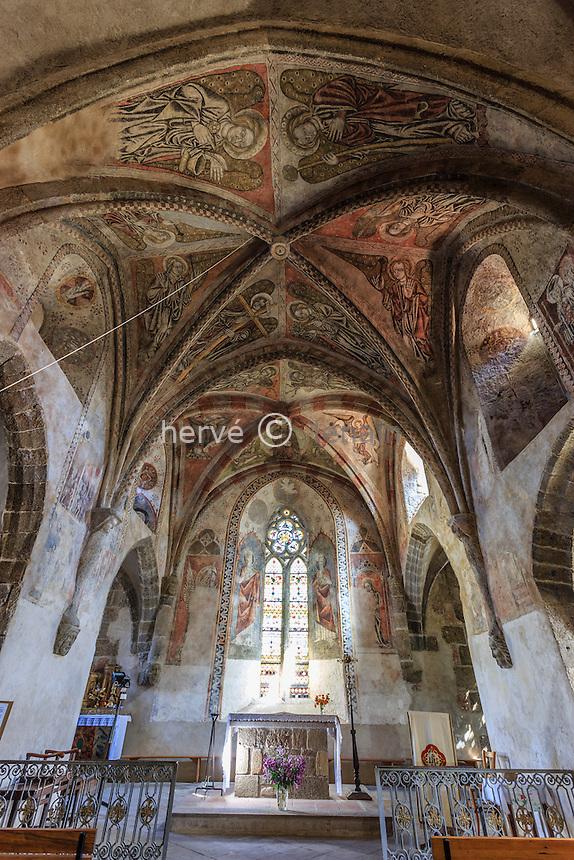 France, Haute-Loire (43), Saint-Cirgues, église de Saint-Cirgues, les fresques, au plafond les anges portent les instruments de la Passion // France, Haute Loire, Saint Cirgues, Saint Cirgues church, frescoes