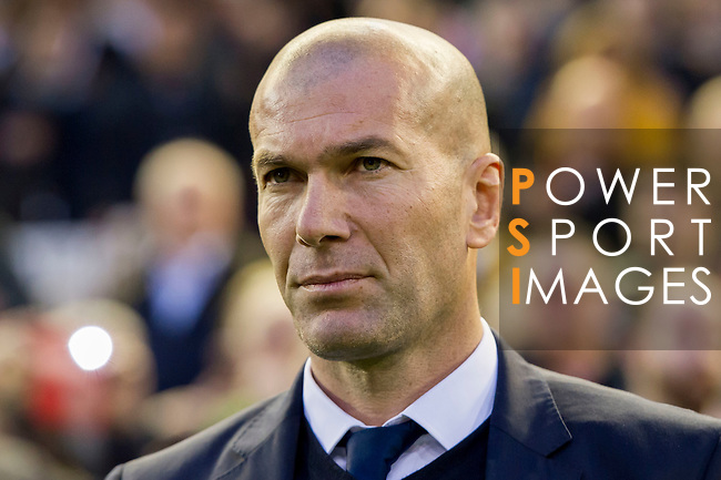 Coach Zinedine Zidane of Real Madrid looks on prior to the La Liga match between Valencia CF and Real Madrid at the Estadio de Mestalla on 22 February 2017 in Valencia, Spain. Photo by Maria Jose Segovia Carmona / Power Sport Images