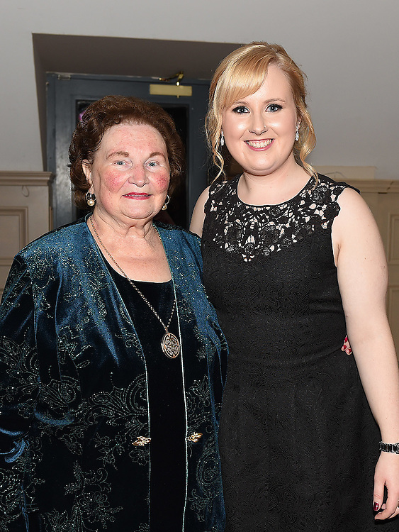 Aisling McDonnell celebrating her 21st birthday in the Thatch with grandmother Nellie McDonnell. Photo:Colin Bell/pressphotos.ie