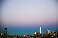 JERSEY CITY, NJ, ESTADOS UNIDOS, 11.11.2016 - TURISMO-EUA - Vista da Ilha de Manhattan a partir de Jersey CIty nesta sexta-feira, 11. (Foto: William Volcov/Brazil Photo Press)