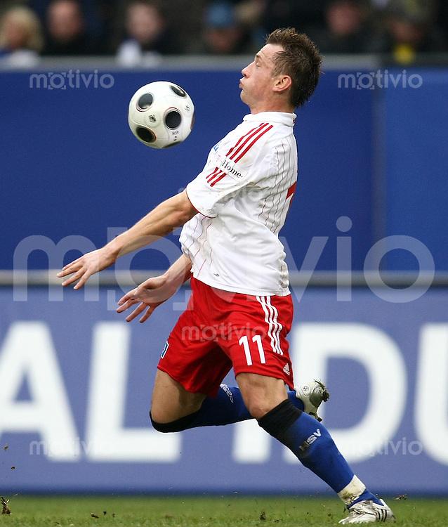FUSSBALL     1. BUNDESLIGA     SAISON 2007/2008   24. SPIELTAG Hamburger SV - Borussia Dortmund                             15.03.2008 Ivica OLIC (Hamburger SV), Einzelaktion am Ball