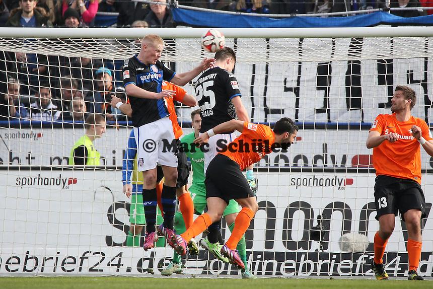 Kopfballchance Florian Ballas (FSV) - FSV Frankfurt vs. SV Darmstadt 98, Frankfurter Volksbank Stadion