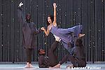 Pigmalion de Jean-Philippe Rameau<br /> <br /> Acte de ballet<br /> Livret de Ballot de Savot d'apr&egrave;s A.Houdar de la Motte<br /> Direction musicale : Herv&eacute; Niquet<br /> Mise en sc&egrave;ne, vid&eacute;o et chor&eacute;graphie : Karole Armitage<br /> Dramaturge, assistant &agrave; la mise en sc&egrave;ne : St&eacute;fano Paba<br /> D&eacute;cors : David Salle, Clifton Taylor<br /> Pigmalion : Cyril Auvity<br /> Amour : Magali L&eacute;ger<br /> C&eacute;phise : Val&eacute;rie Gabail<br /> La Statue : Cassandre Berthon<br /> Centre Chor&eacute;graphique National - Ballet de Lorraine<br /> Le concert spirituel<br /> Clavecin : S&eacute;bastien d'H&eacute;rin<br /> Choeur du Concert Spirituel<br /> Lieu : Th&eacute;&acirc;tre du Ch&acirc;telet<br /> Ville : Paris<br /> Date 12/06/2005<br /> <br /> &copy; Laurent Paillier / photosdedanse.com