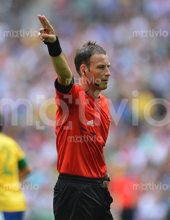 Olympia 2012 London  Fussball  Maenner  Finale   11.08.2012 Brasilien - Mexiko Schiedsrichter Mark Clattenburg