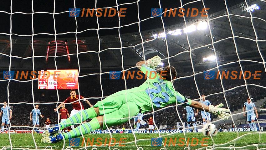 Gol di Francesco Totti Roma su calcio di rigore 1-1 .Goal celebration .Roma 08/04/2013 Stadio Olimpico.Football Calcio 2012/2013 Serie A.Roma Vs Lazio .Foto Andrea Staccioli Insidefoto