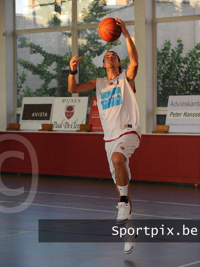 Kortrijk Sport CB Fanion : Fre Spenninck.foto VDB / BART VANDENBROUCKE