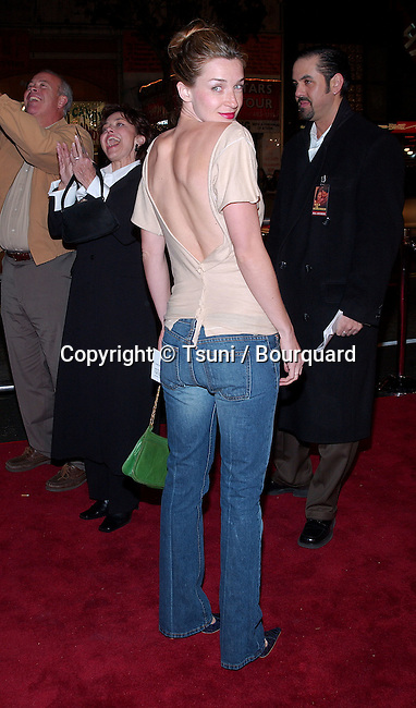 Ever Carradine arriving at the premiere of A Walk to Remember at the Chinese Theatre in Los Angeles. January 23, 2002.CarradineEver11.JPG