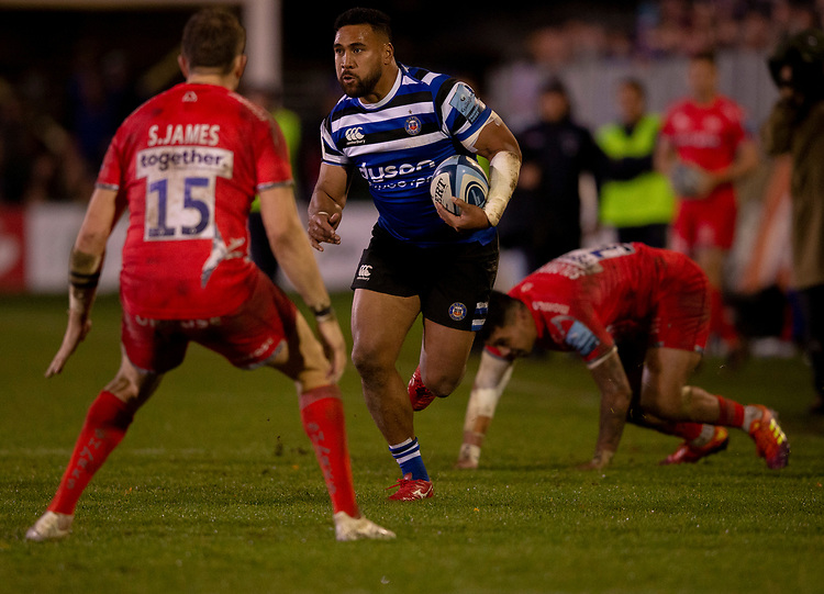 Bath Rugby's Cooper Vuna in action during todays match<br /> <br /> Photographer Bob Bradford/CameraSport<br /> <br /> Gallagher Premiership Round 9 - Bath Rugby v Sale Sharks - Sunday 2nd December 2018 - The Recreation Ground - Bath<br /> <br /> World Copyright &copy; 2018 CameraSport. All rights reserved. 43 Linden Ave. Countesthorpe. Leicester. England. LE8 5PG - Tel: +44 (0) 116 277 4147 - admin@camerasport.com - www.camerasport.com
