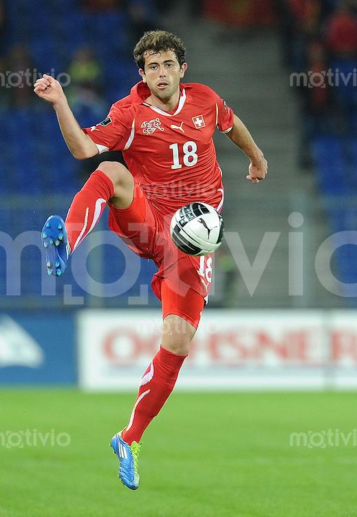 FUSSBALL INTERNATIONAL  EM 2012-Qualifikation  Gruppe G   11.10.2011 Schweiz - Montenegro Admir MEHMEDI (Schweiz)