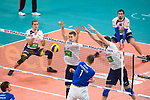 24.02.2019, SAP Arena, Mannheim<br /> Volleyball, DVV-Pokal Finale, VfB Friedrichshafen vs. SVG LŸneburg / Lueneburg<br /> <br /> Block / Doppelblock Noah Baxpšhler / Baxpoehler (#4 Lueneburg), Cody Kessel (#5 Lueneburg) - Angriff Bartlomiej Boladz (#1 Friedrichshafen)<br /> <br />   Foto © nordphoto / Kurth