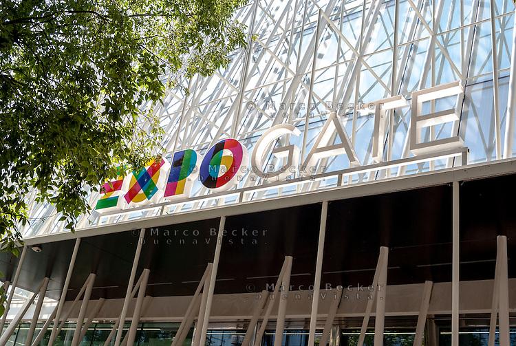 Milano, Expo Gate, padiglione infopoint in largo Cairoli per l'Esposizione Universale 2015 --- Milan, Expo Gate, info point in Cairoli square for the World Exposition 2015