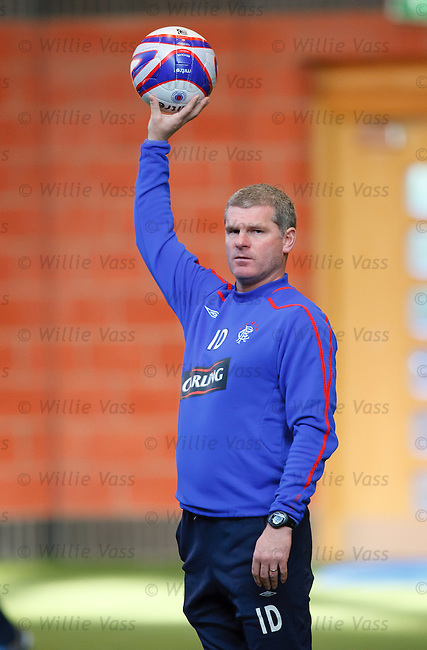 Ian Durrant is the referee as Rangers train indoors