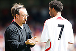 Liverpool manager Rafael Benitez instructs Jermaine Pennant