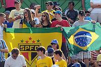SÃO JOSÉ DO RIO PRETO, 15   DE SETEMBRO DE 2012 - ESPORTES - TÊNIS - COPA DAVIS 2012 - BRASIL X RÚSSIA - Torcedores  Durante patida entre a equipe da RÚSSIA, válida pelo playoff do grupo mundial da copa Davis, no Harmonia tênis clube, neste sábado (15)  as 15hs na cidade de São José do Rio Preto, no interior do estado de SÃO PAULO. FOTOS: DORIVAL ROSA/ AG BRAZIL PHOTO PRESS