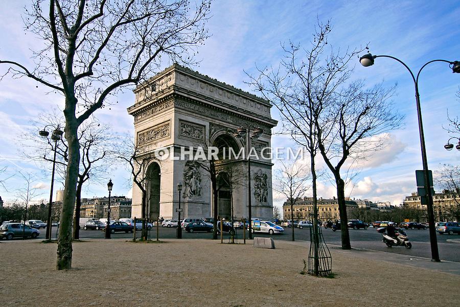 Arco do triunfo em Paris. França. 2007. Foto de Luciana Whitaker.