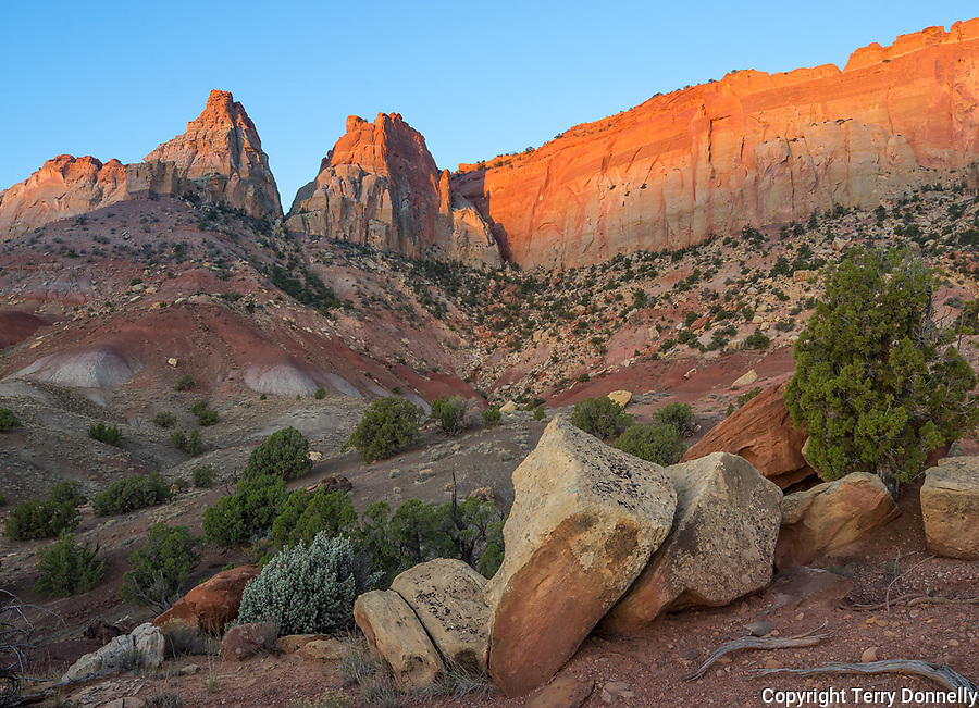 Grand Staircase-Escalante National Monument, UT: Sunrise on Circle Cliffs