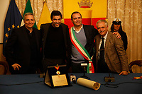 The actor Alessandro Gassman receives the honorary citizenship of Naples <br /> Alessandro Gasmann cittadino onorario di Napoli