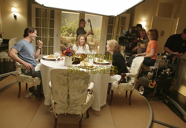 KEANU REEVES, FRANCES McDORMAND, DIANE KEATON & NANCY MEYERS .in Something's Gotta Give.Filmstill - Editorial Use Only.CAP/AWFF.supplied by Capital Pictures