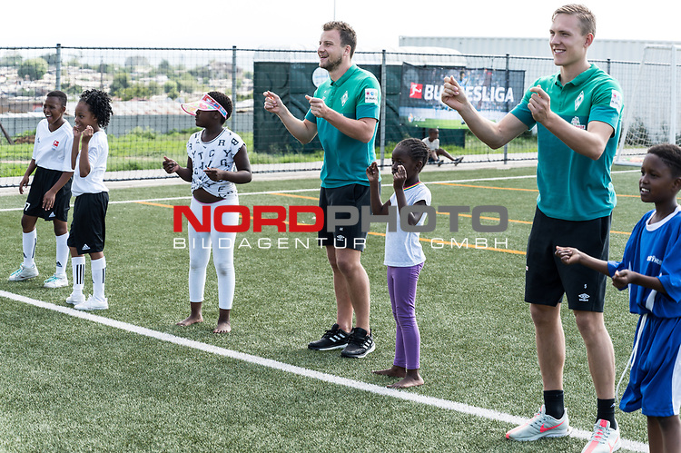 08.01.2019, AMANDLA Save Hub, Johannesburg, RSA, TL Werder Bremen Johannesburg Tag 06 - Besuch des AMANDLA Save Hub<br /> <br /> im Bild / picture shows <br /> <br /> Ludwig Augustinsson (Werder Bremen #05)<br /> Philipp Bargfrede (Werder Bremen #44)<br /> <br /> **** Attention *** **** Attention *** <br /> <br /> Only be used for the purpose of documenting the Safe-Hub visit on 08 January 2019<br /> <br /> Foto &copy; nordphoto / Kokenge