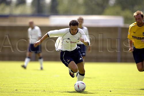 20th July 2003: MATTHEW ETHRINGTON running with the ball, Oxford United 0 v TOTTENHAM HOTSPUR 3, Pre-Season Friendly, Kassam Stadium. Photo: Glyn Kirk/Action Plus...2003 .Soccer Football.Footballer footballers player players.030720