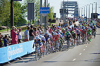 the lead-out for the sprint with 700 meters to go; Marcel Kittel (DEU/Etixx-Quickstep) excellently positioned<br />