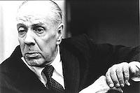 Jorge Francisco Isidoro Luis Borges , escritor argentino, uno de los autores más destacados de la literatura en español del siglo XX.