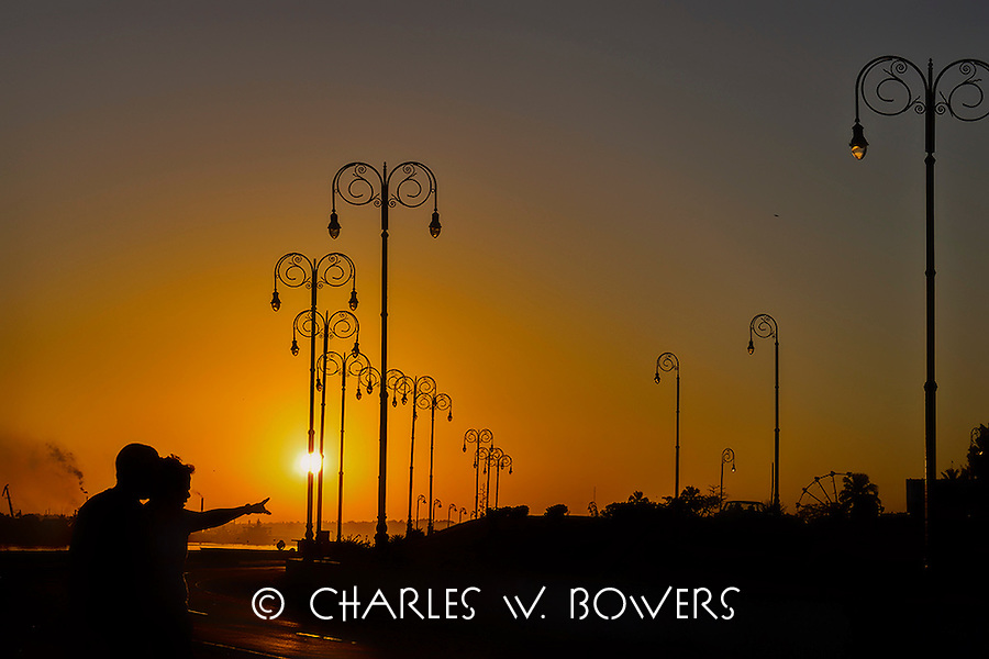 Sunrise over the Havana harbor<br />