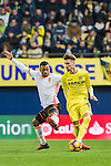 Samuel Castillejo Azuaga (r) of Villarreal CF fights for the ball with Luis Almeida da Cunha, Nani, of Valencia CF during their La Liga match between Villarreal CF and Valencia CF at the Estadio de la Cerámica on 21 January 2017 in Villarreal, Spain. Photo by Maria Jose Segovia Carmona / Power Sport Images