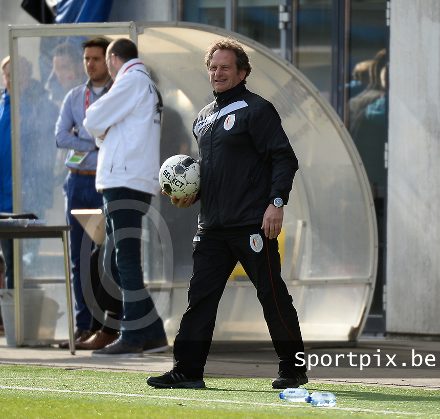 20140510 - BEVEREN , BELGIUM : Standard's coach Patrick Wachel  pictured during the final of Belgian cup, a soccer women game between Club Brugge Vrouwen and Standard Femina de Liege , in stadion Freethiel Beveren , Saturday 10 th May 2014 . PHOTO DAVID CATRY