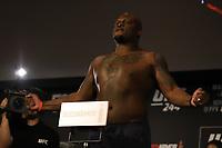 Nova York, EUA, 01.10.2019 - UFC-NOVA YORK - Derrick Thompson Bladoy Ivanov durante pesagem UFC 244 no Madsion Square Garden na cidade de Nova York nesta sexta-feira, 01. A luta acontece no sábado 02. (Foto: Vanessa Carvalho/Brazil Photo Press/Folhapress)
