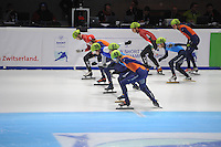 SHORTTRACK: DORDRECHT: Sportboulevard Dordrecht, 25-01-2015, ISU EK Shorttrack, Start 3000m SF Men, ©foto Martin de Jong