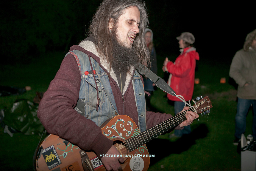 Folk Around the Fire Easter Celebration, Moseley Bog, Yardley Wood Road Moseley, Acoustic Music Session, 15 April 2017, Johnny Kowalski, Emma Postle, Ruth Wilson, Smut Rakhra, Marcus Taylor, Katherine McWilliam, Amy Wol, Faba Tama, Brendan O'Neill,