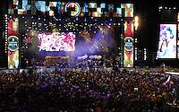 RECIFE-PE-05.02.2016- CARNAVAL-PE- Nações de Maracatus abrem o Carnaval de Recife sob o comando de Nana Vascocelos, no Recife Antigo, nesta sexta-feira,05.(Jean Nunes/Brazil Photo Press)